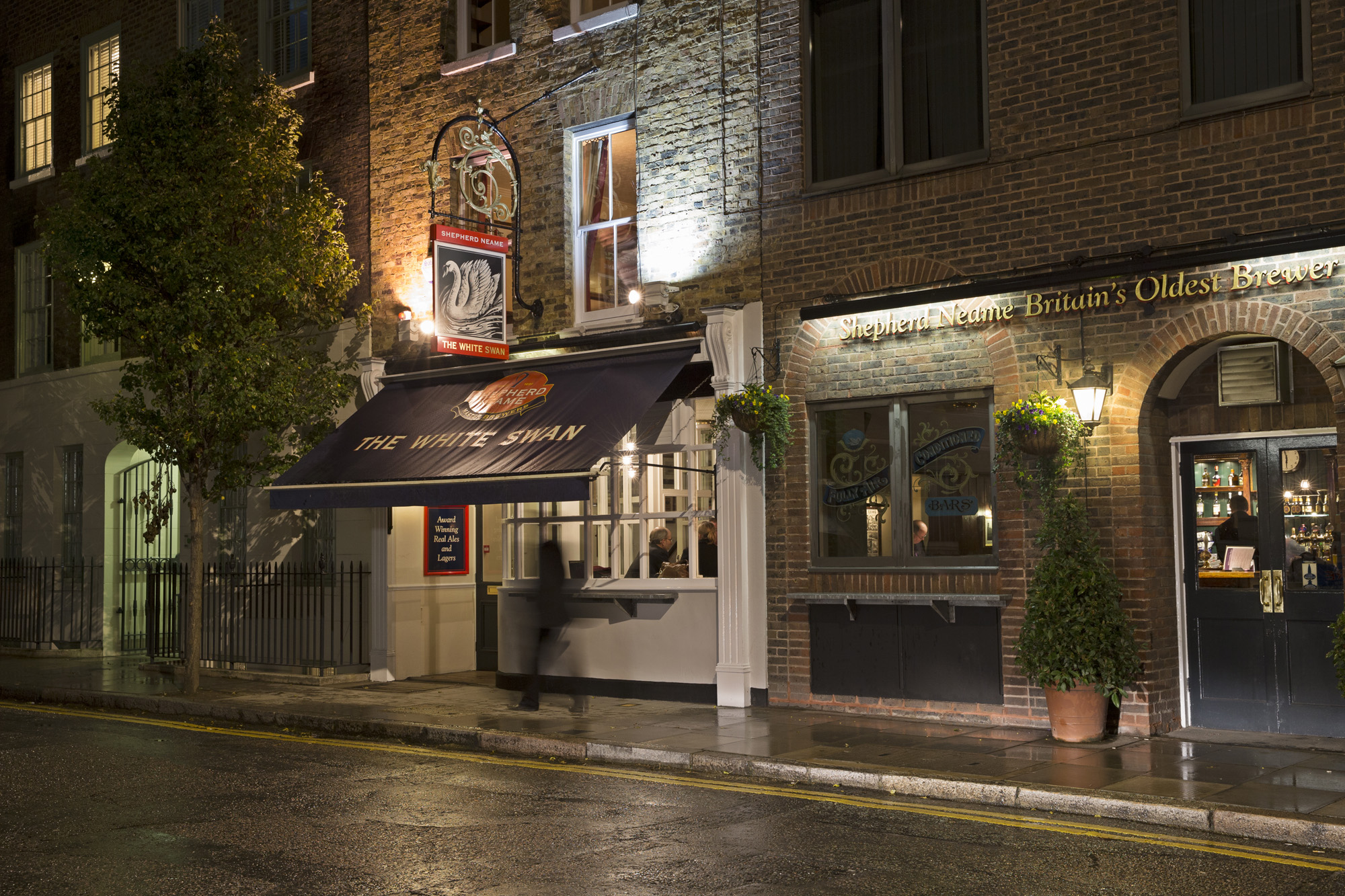 The White Swan Aldgate East